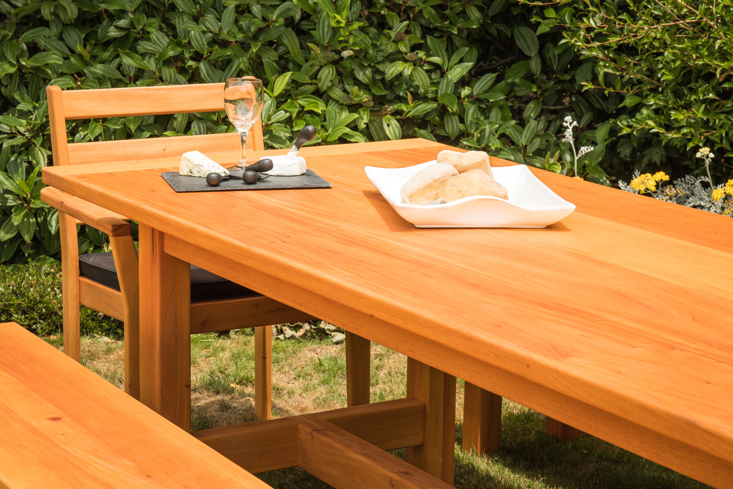 Pacific Mahogany 2.7m Outdoor Dining Suite