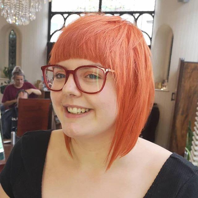 A zesty lil orange bob for Aimee, cut'n'coloured by Elsie (@ellehairo) 🍊🔥🧡 Is your hair autumn-ready? 👀 • • • #orangehair#goldwell#haircolor#colormania #modernsalon#vividhaircolour #haircolor #iamgoldwell #purplehair #shorthair#licensedtocreate #hairart#colorfulhair