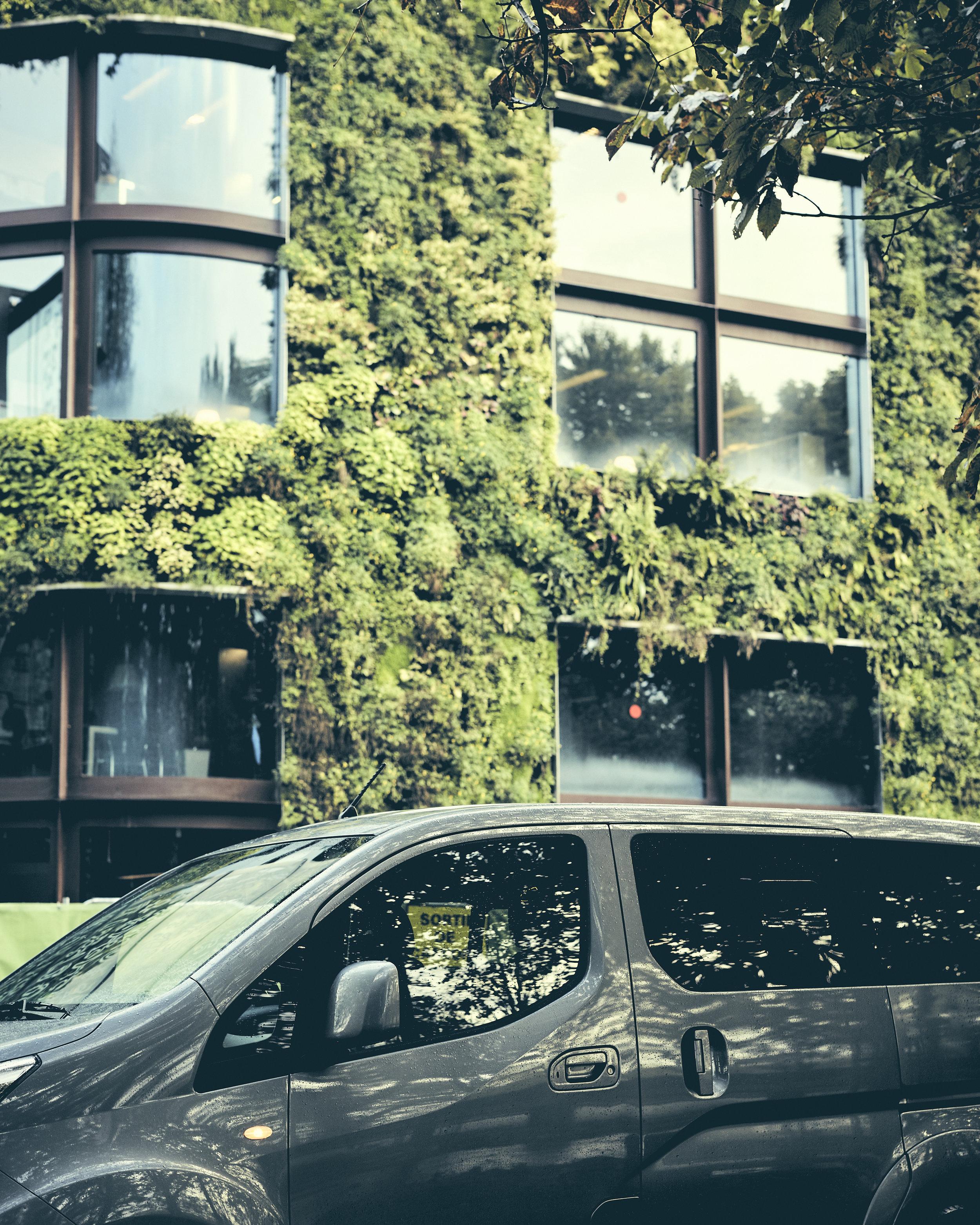 Transport Green - Youngo est la start-up pionnière en matière de transport VTC 100% électrique.