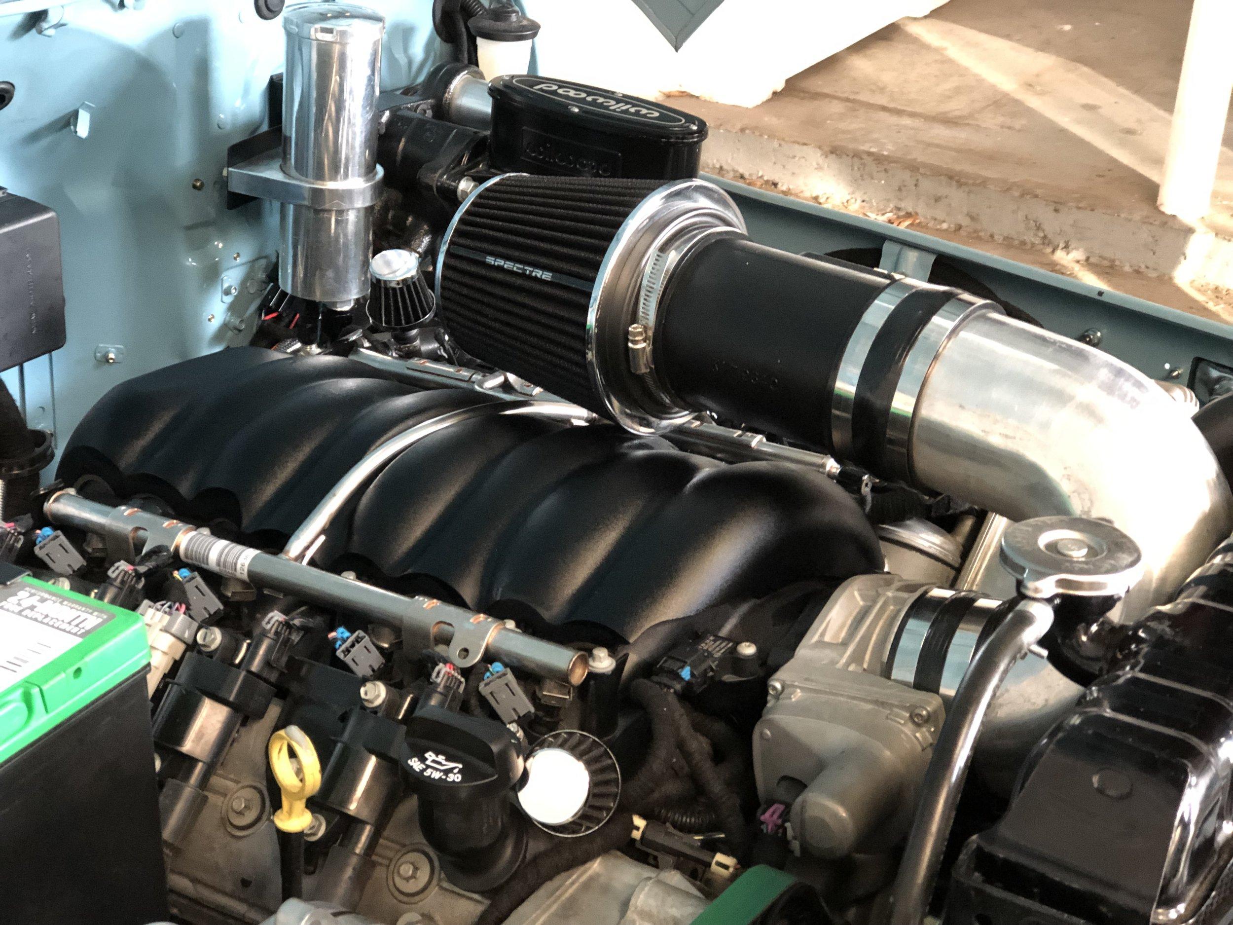 Car Engine bay Detailing_ After.JPG