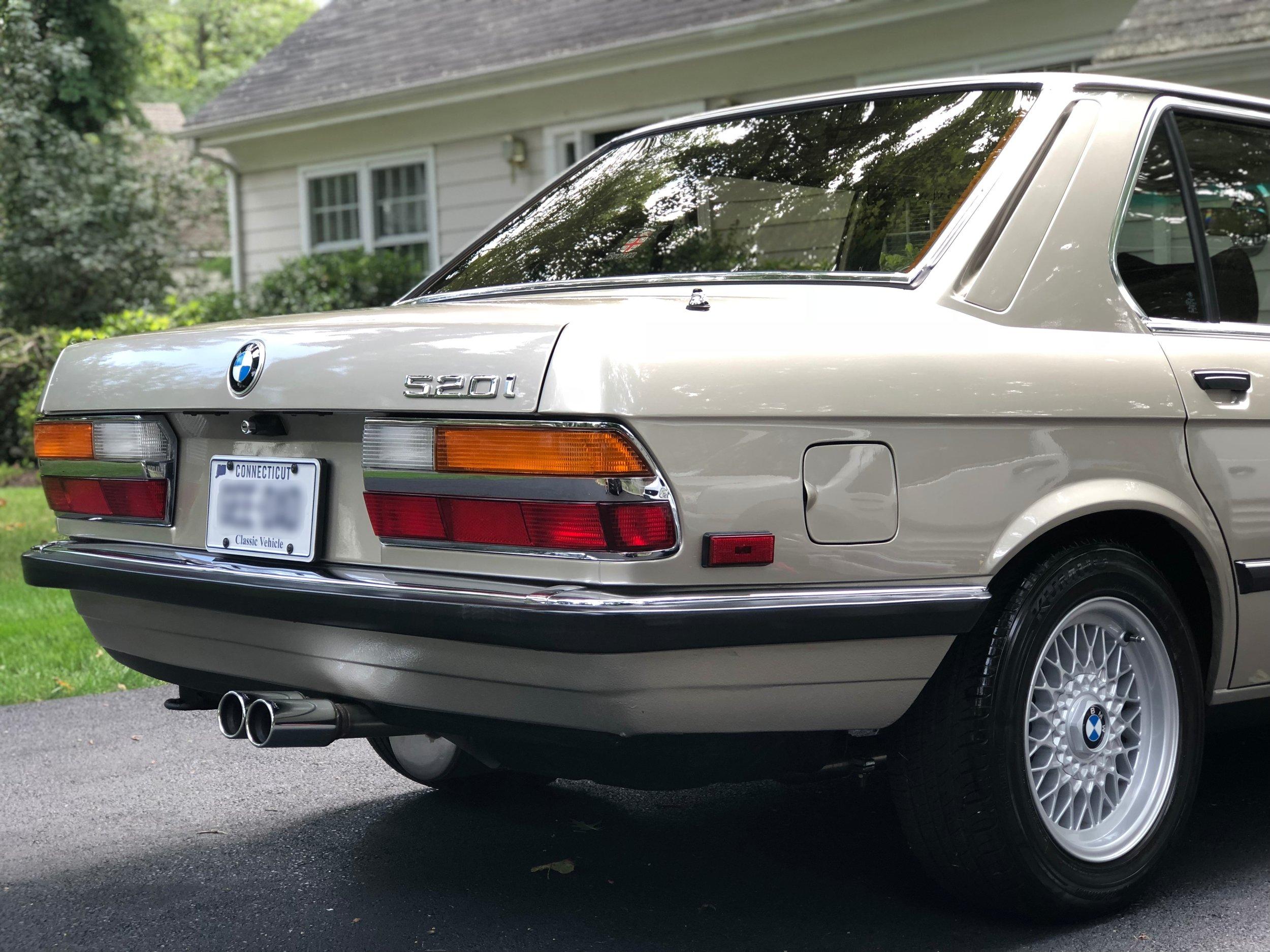Car Detailing On BMW 520I.jpg