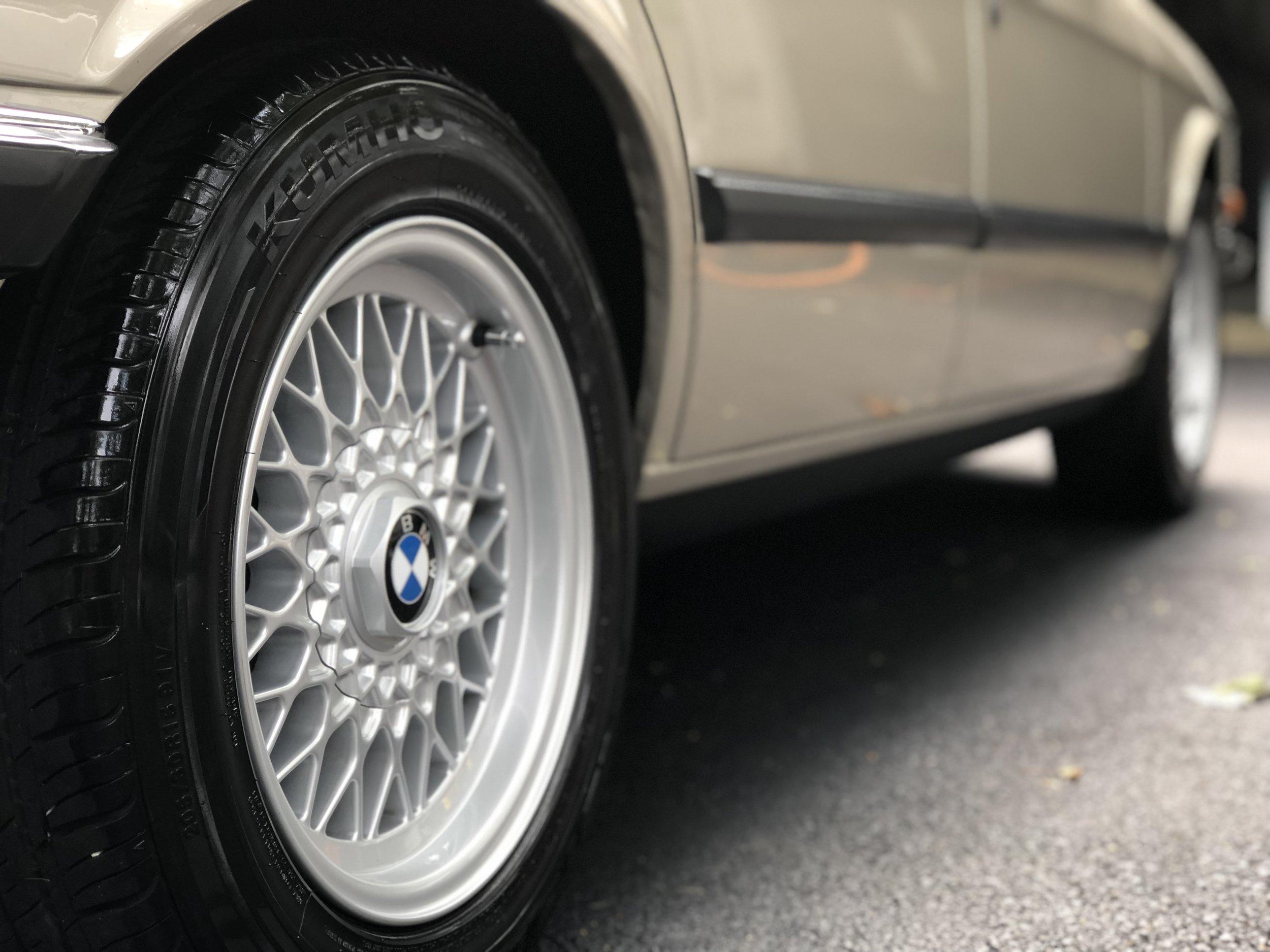 Car Detailng On BMW 520I.JPEG
