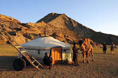 Nomads versus Sedentary… -