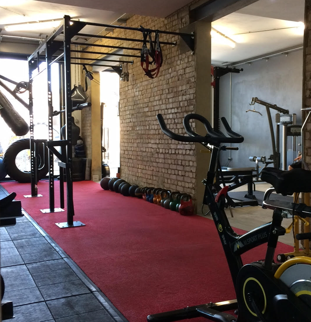 Our facilities - We offer the best equipment for your specialised training. Cardio machines, free weights, resistant machines and our open Training rig with indoor astro-track.Changing bays, personal storage, disabled access, Treatment room and Protein bar.