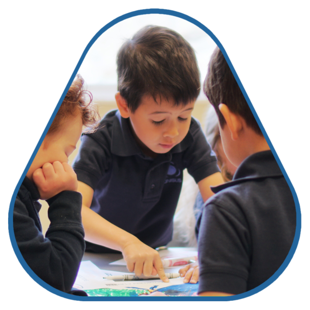 unisus-school-future-leaders-triangle.png