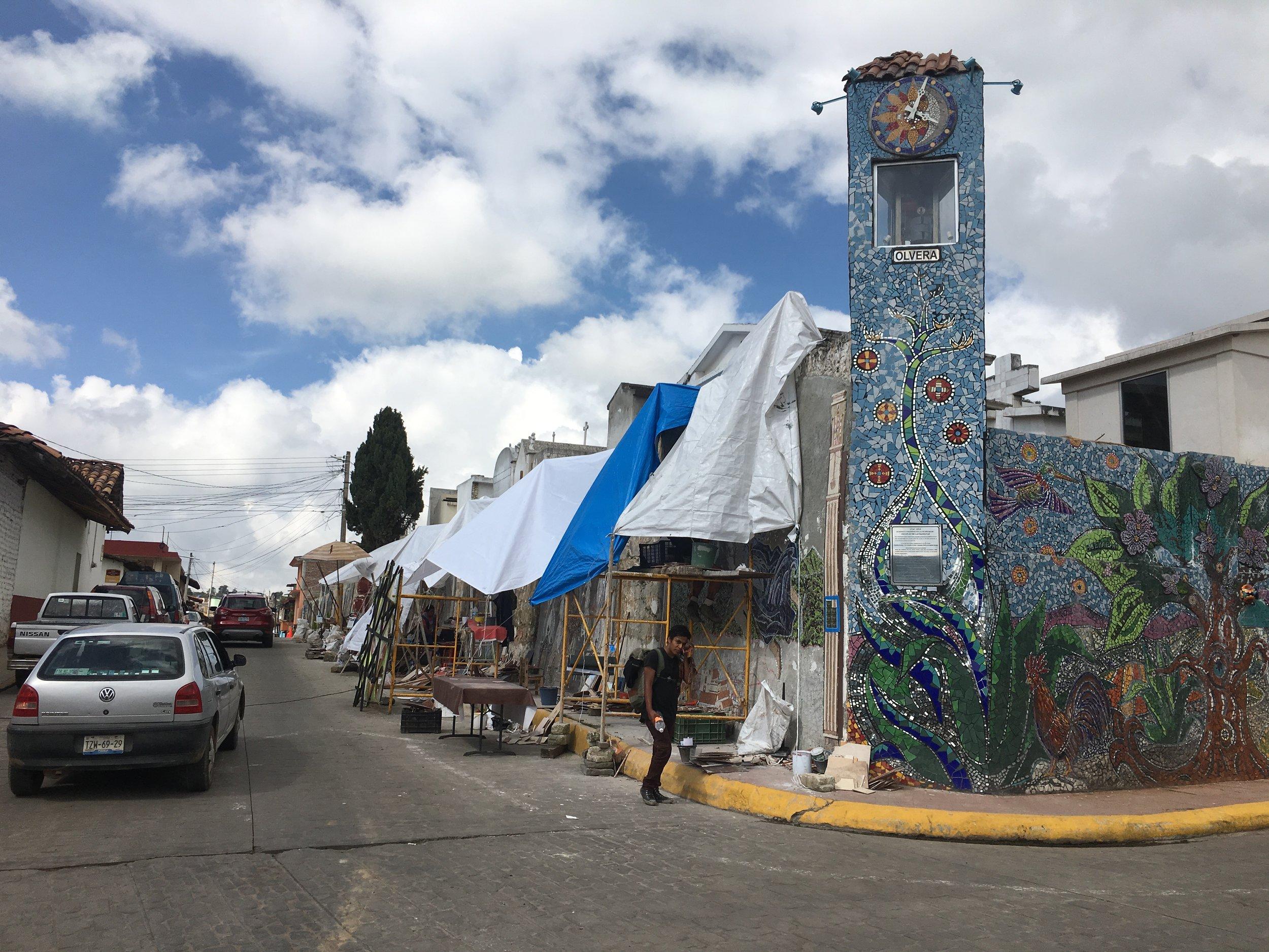 Zacatlan De Las Manzanas - Commission: Trish Metzner Mosaic Installation Date 2014-2017