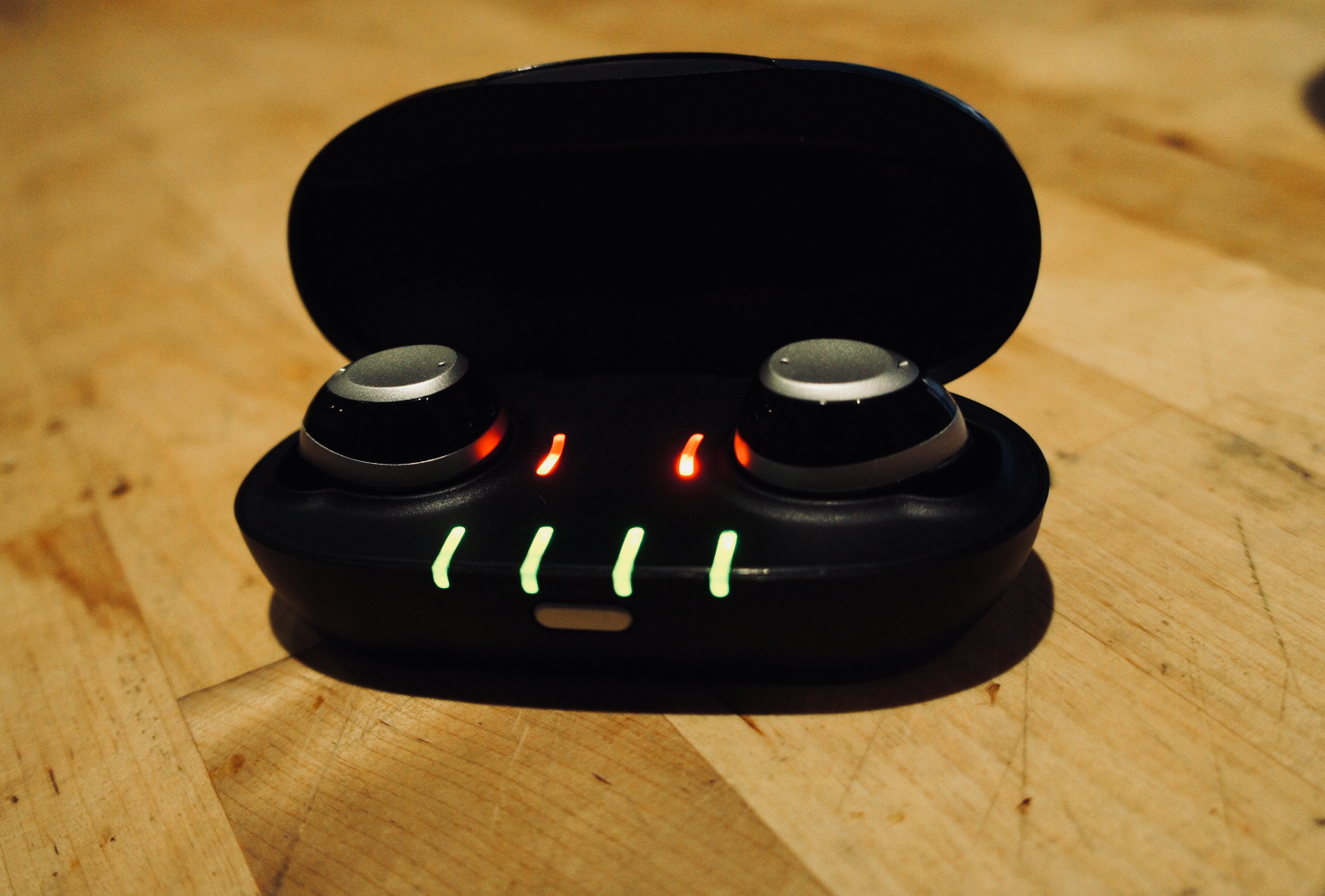 IQbuds charging case