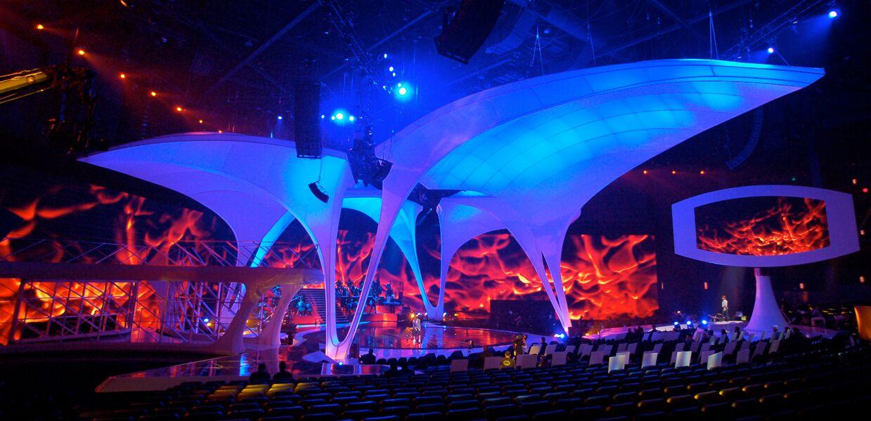 MTV_VMA_01_preview-1.jpg