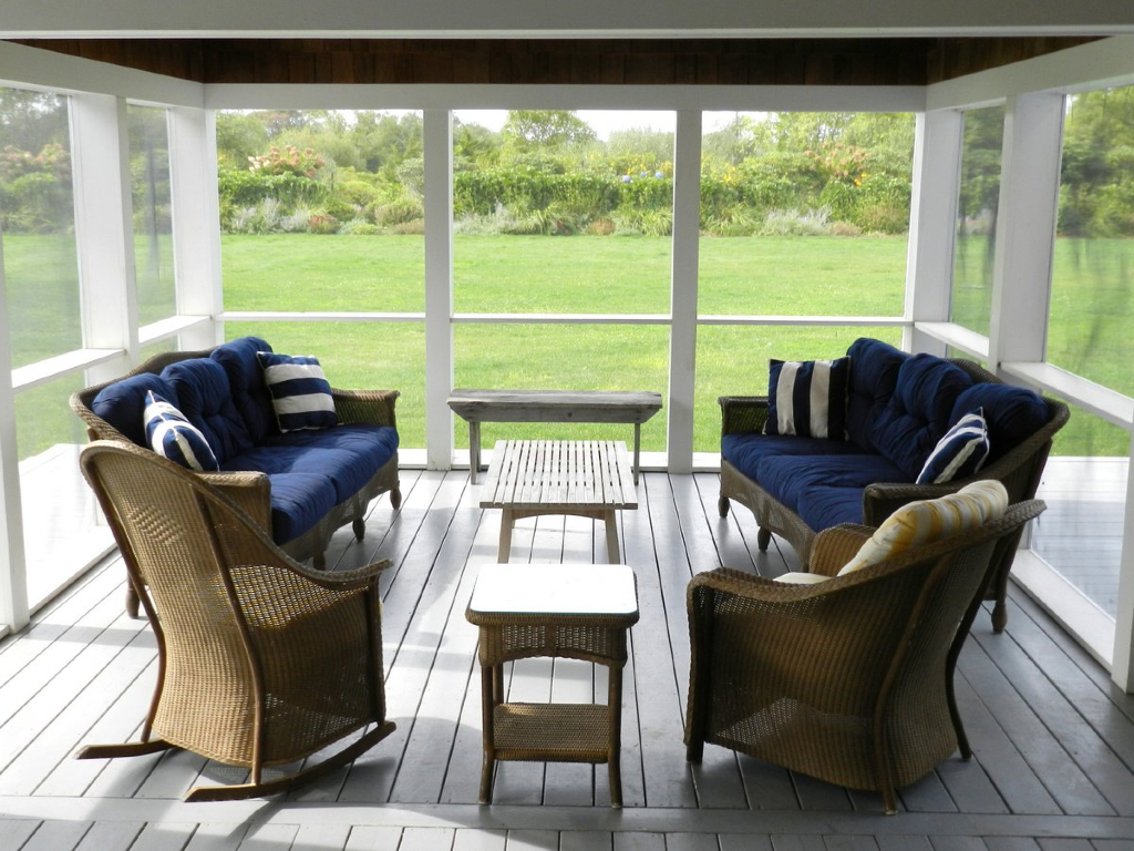 Vintage woven sofas - Handmade and exclusively available!