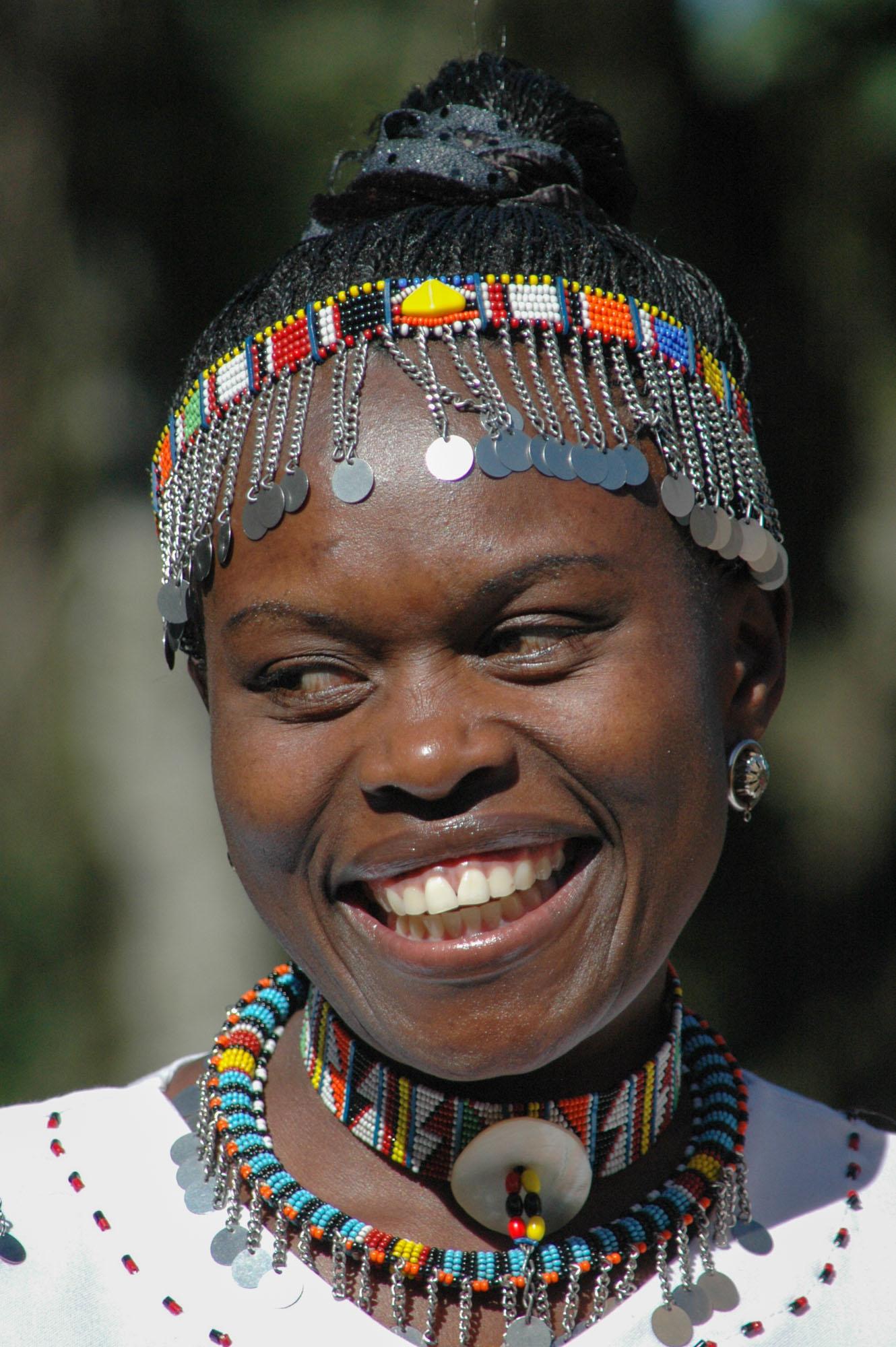 claire--portrait-kenya-2010-10-27.jpg