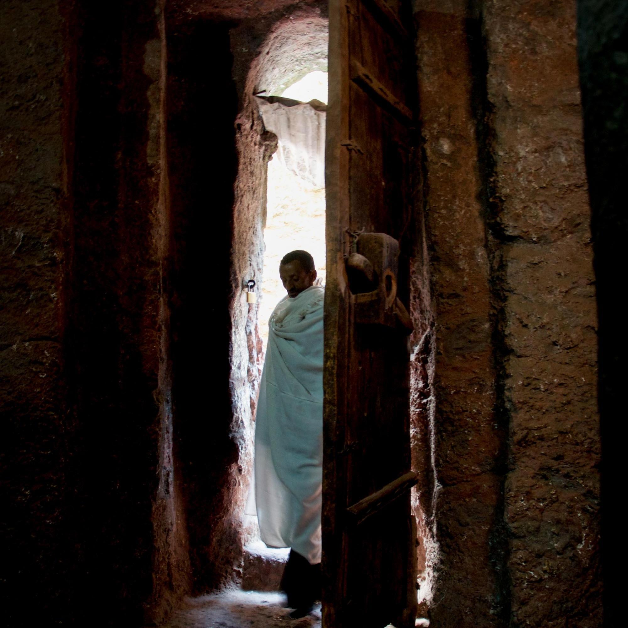 ethiopia-lalibella-pilgrim-doorway-2012-10-11.jpg