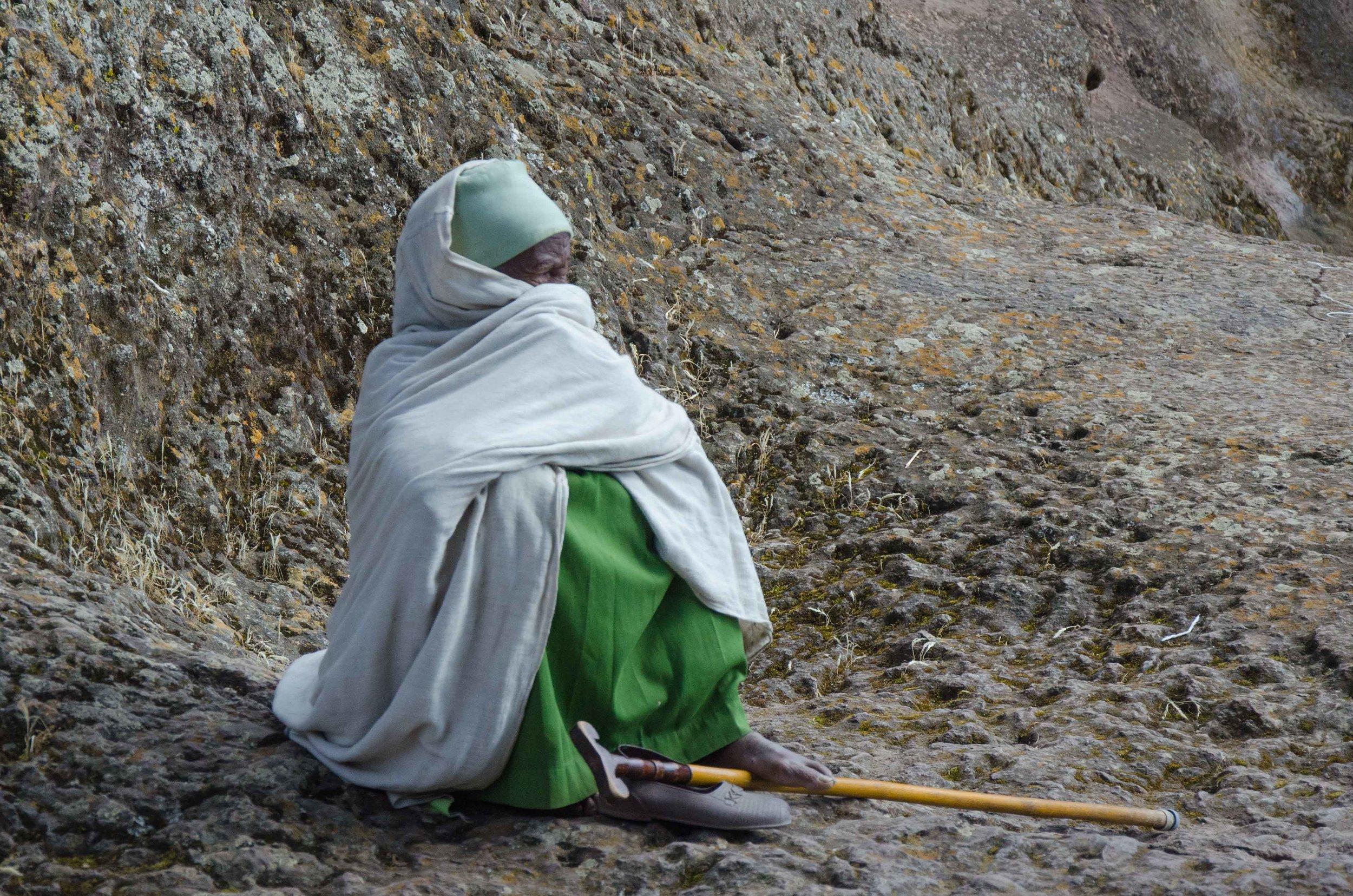 pilgrim-woman-ethiopia-10-11-2012