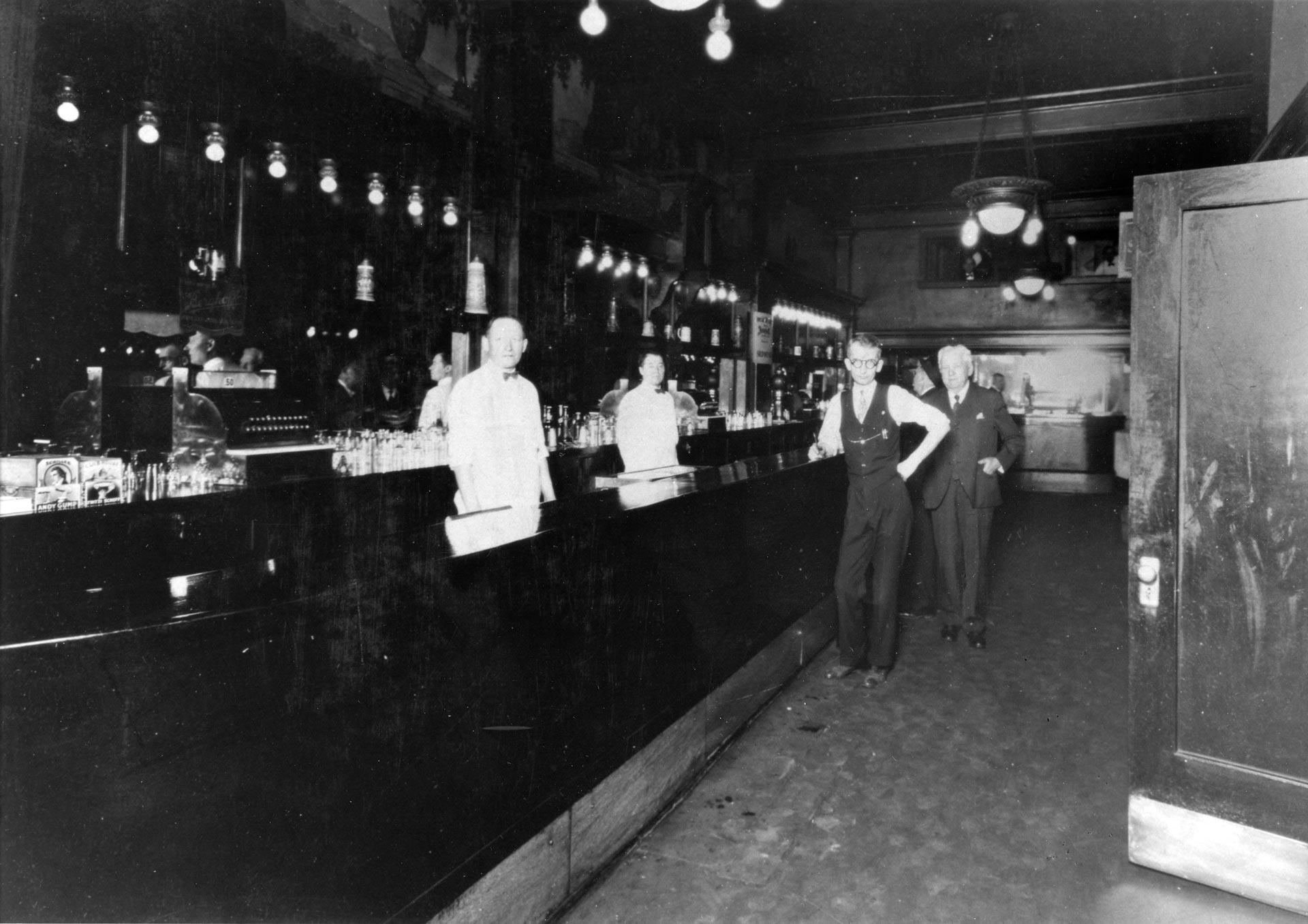 Historic Berghoff Bar
