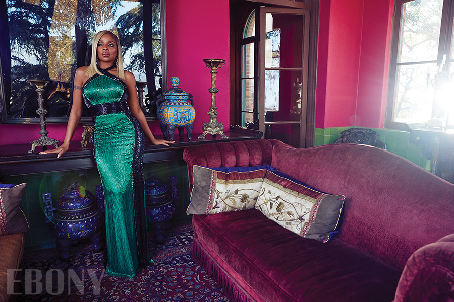 MARY J BLIGE EBONY MAGAZINE SPRING 2018 GREEN DRESS.jpg