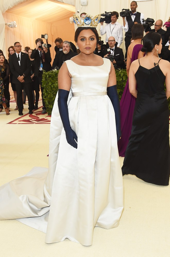 MINDY KALING MET GALA 2018 RED CARPET.jpg