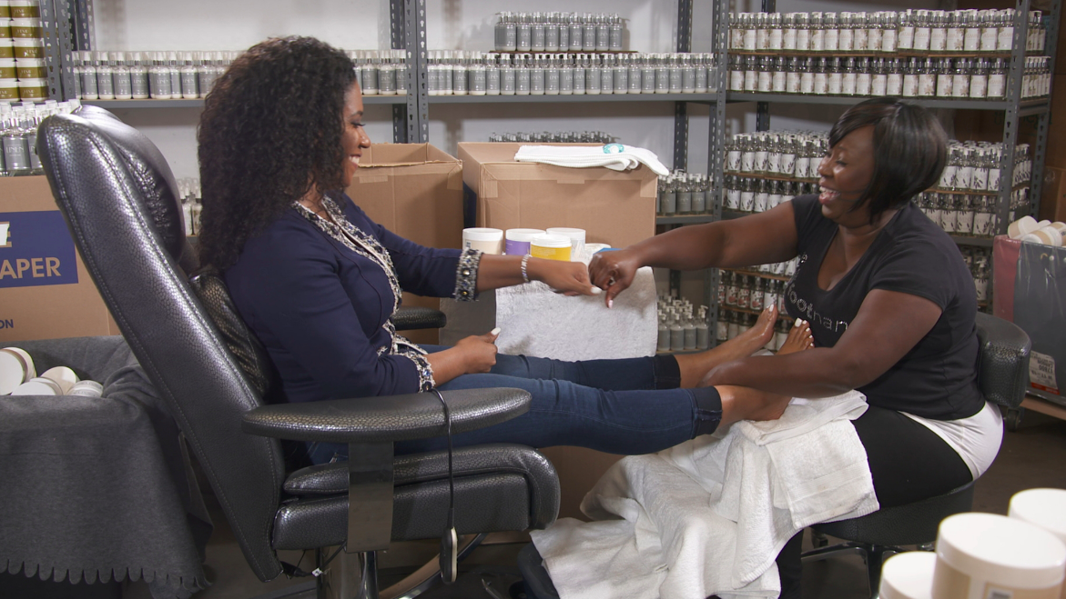"""Given these points, the 3rd episode opens with Gloria Williams who started the foot care product called """"Foot Nanny"""". This company has a full line of foot care products with recipes that were passed down from her mother that shares a story about Gloria's life. With one chance meeting with """"OPRAH WINFREY"""" while doing some Freelance work. Oprah was so impressed by the foot service provided by Gloria she then took to social media & shared her favorite things list with the world. """"Foot Nanny"""" was in high in demand just from 1 video tweet by Oprah. That's all it takes is one opportunity that can change your life."""