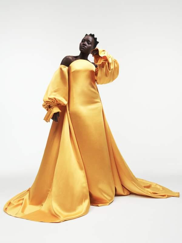 - Dress Carolina Herrera