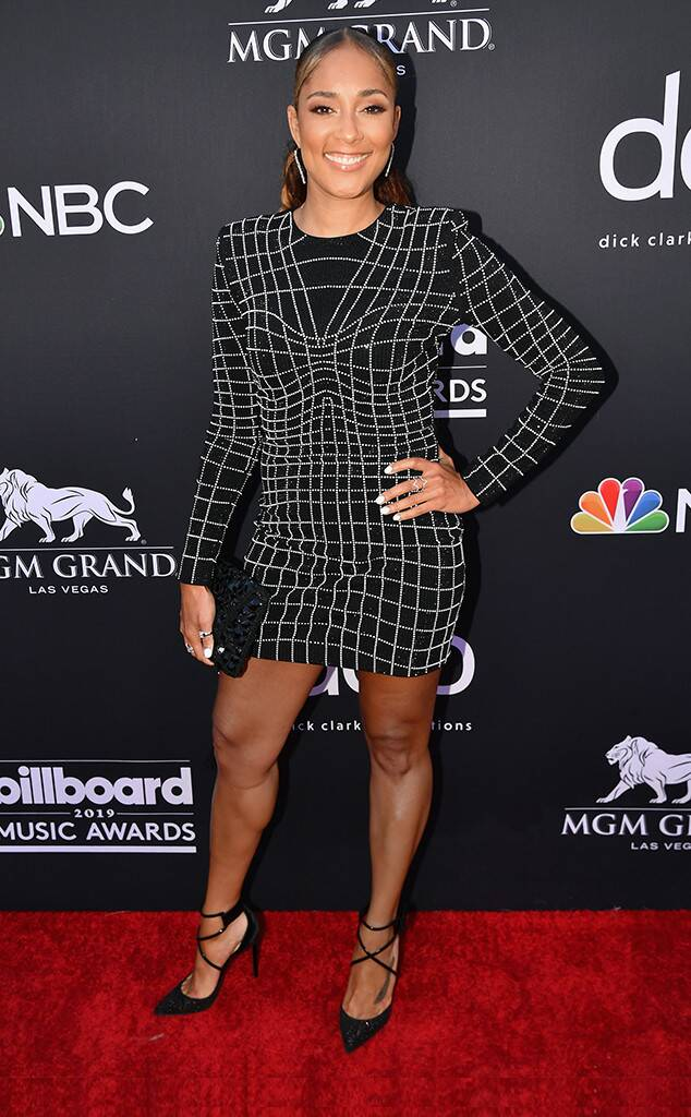 BBM AWARDS 2019 RED CARPET AMANDA SEALES.jpg