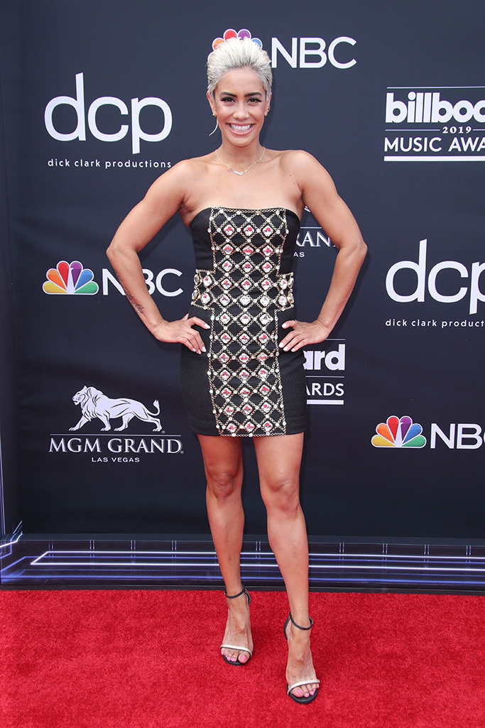 BBM AWARDS 2019 RED CARPET SIBLEY SCOLES.jpg