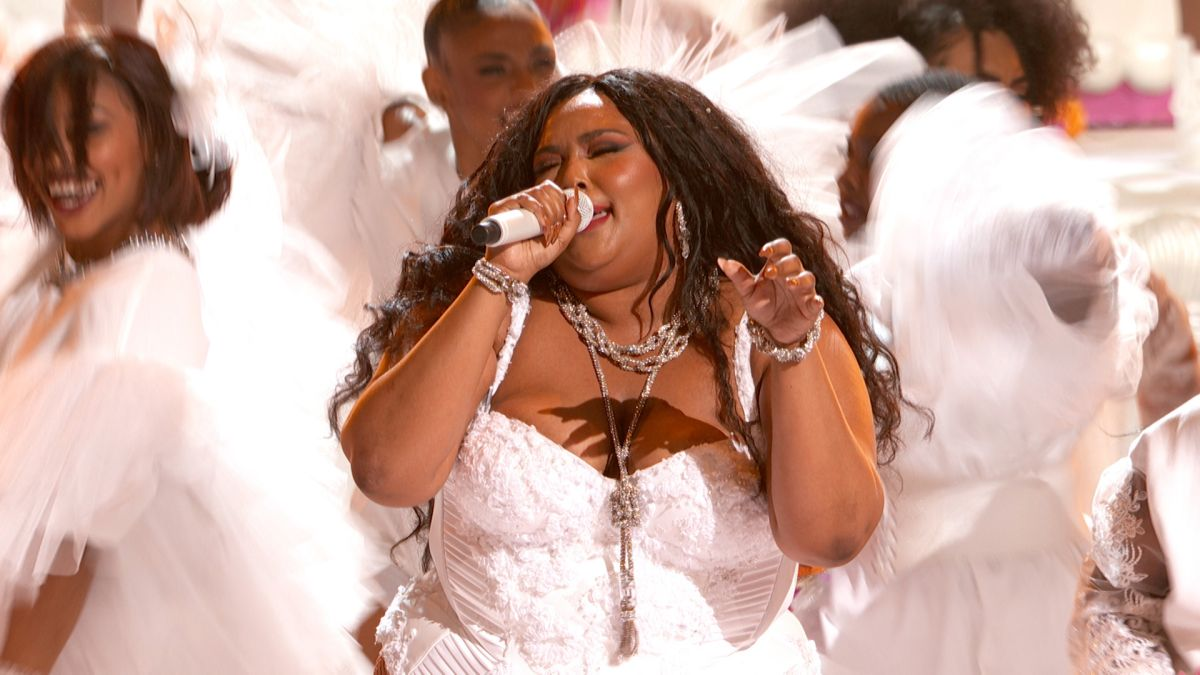 "- Lizzo lit up the stage with her performance of ""Truth Hurts""! She is simply amazing. I jumped out of my seat when she started twerking all while playing the Flute. The energy and the confidence that eludes her is so infectious. Lizzo is a beautiful young woman who is not ashamed of her body."