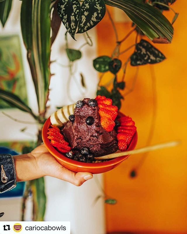 Not much better on a hot #Portland day than a fresh açaí bowl. @cariocabowls is working on their 2nd location! Check them out in person or order for your team through us!