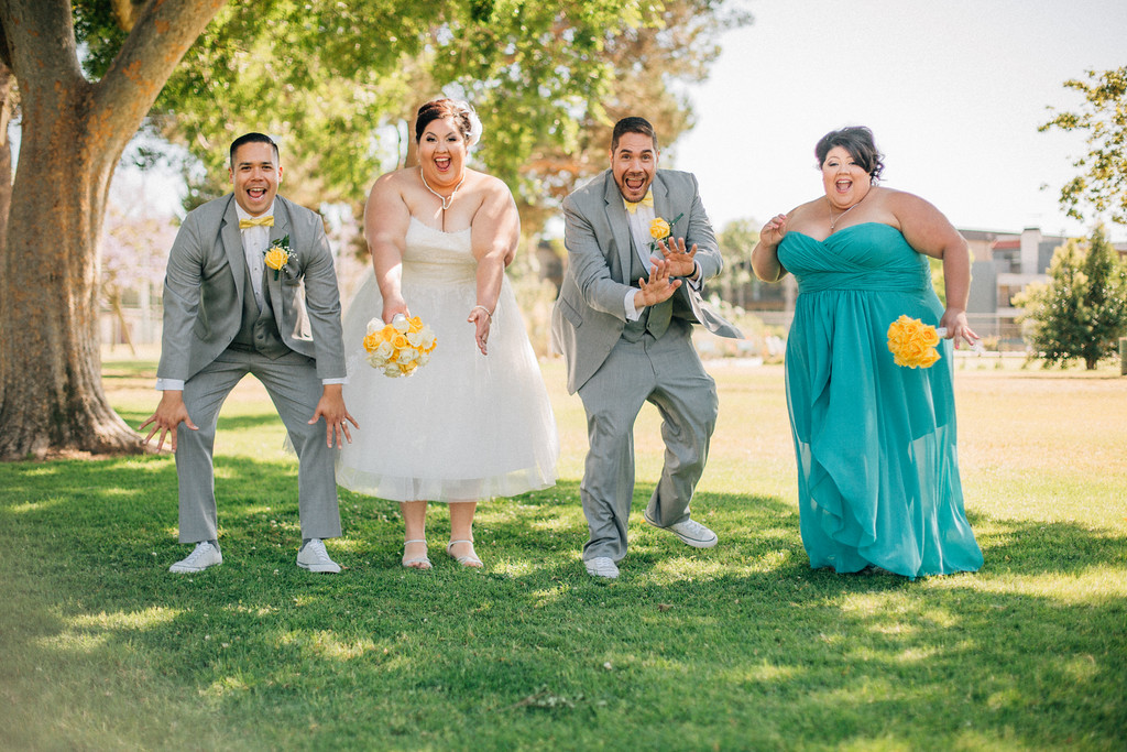the best wedding party photos ever