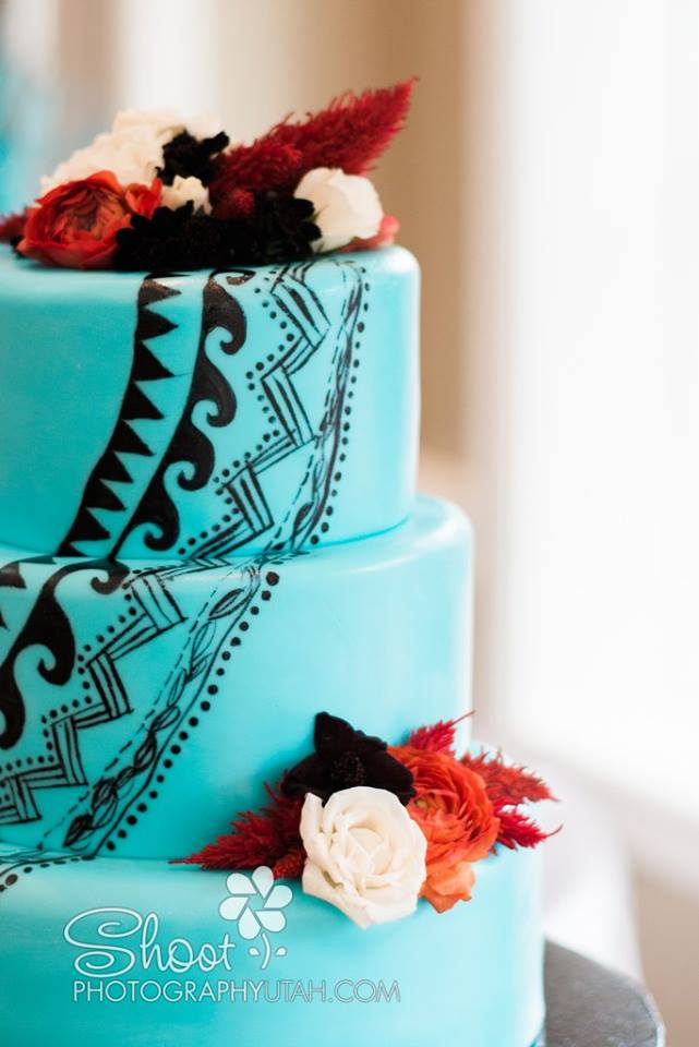 tribal wedding cake