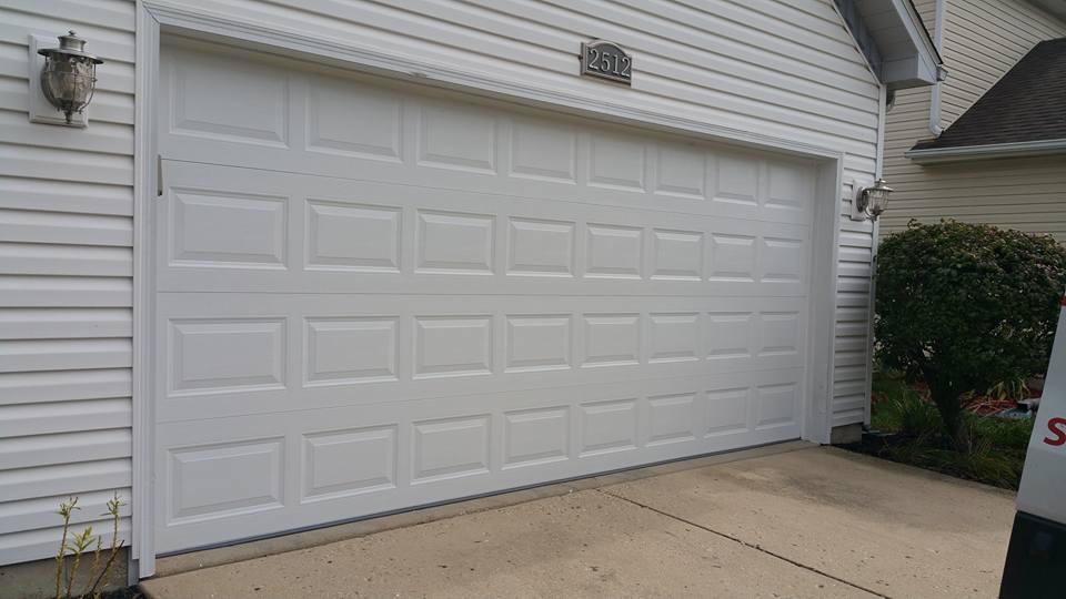 traditional-garage-door-installations-5.jpg