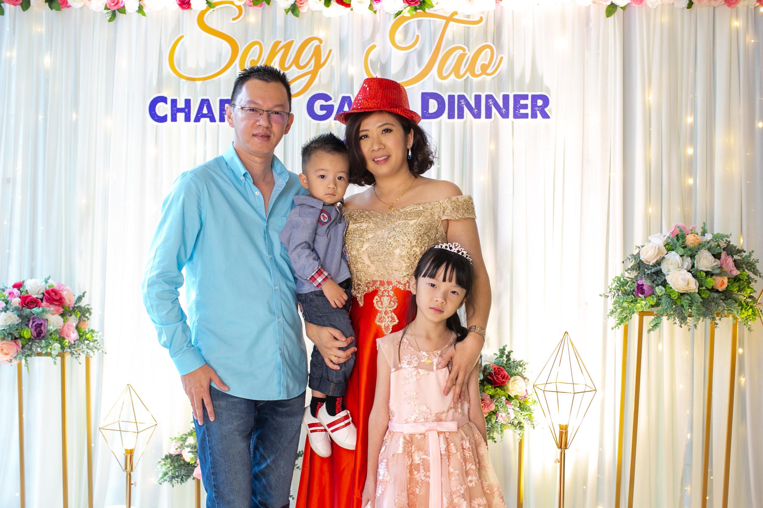 SongTao Dinner2019-31.JPG