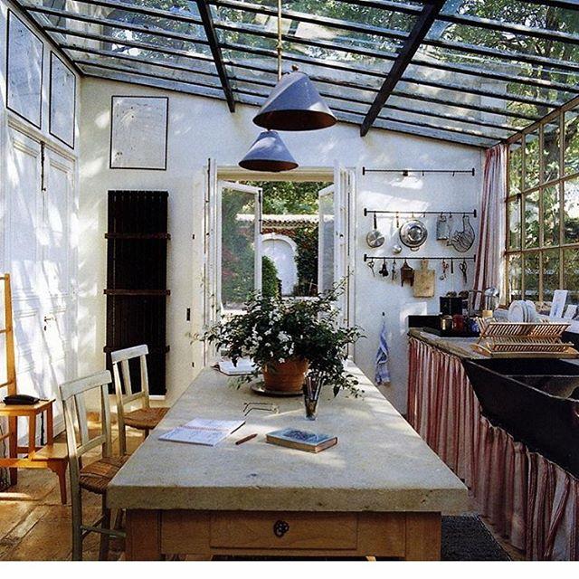 kitchen/sunroom via @houseandgardenuk