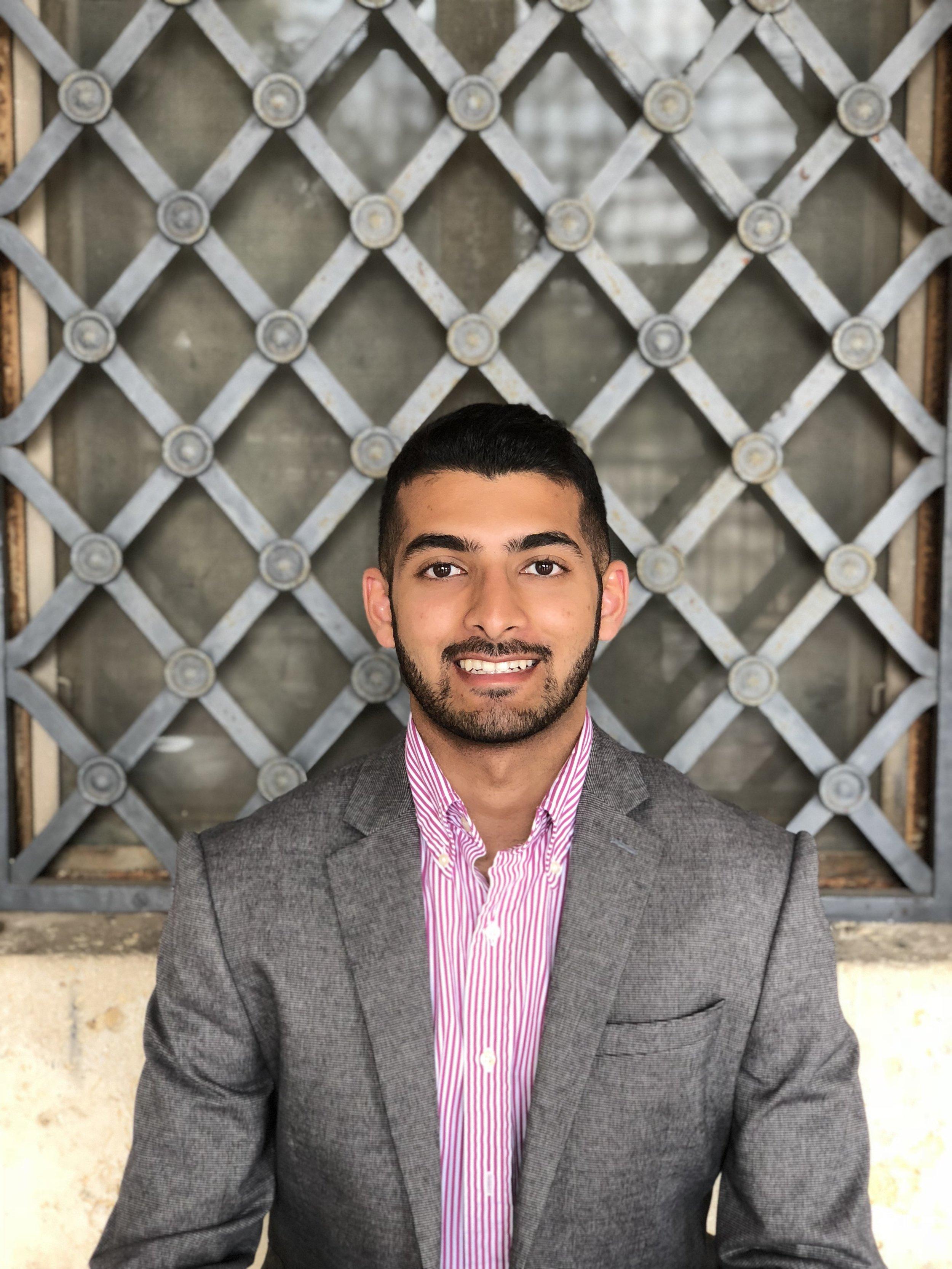 Taiyeb Rangwalla, Associate Editor