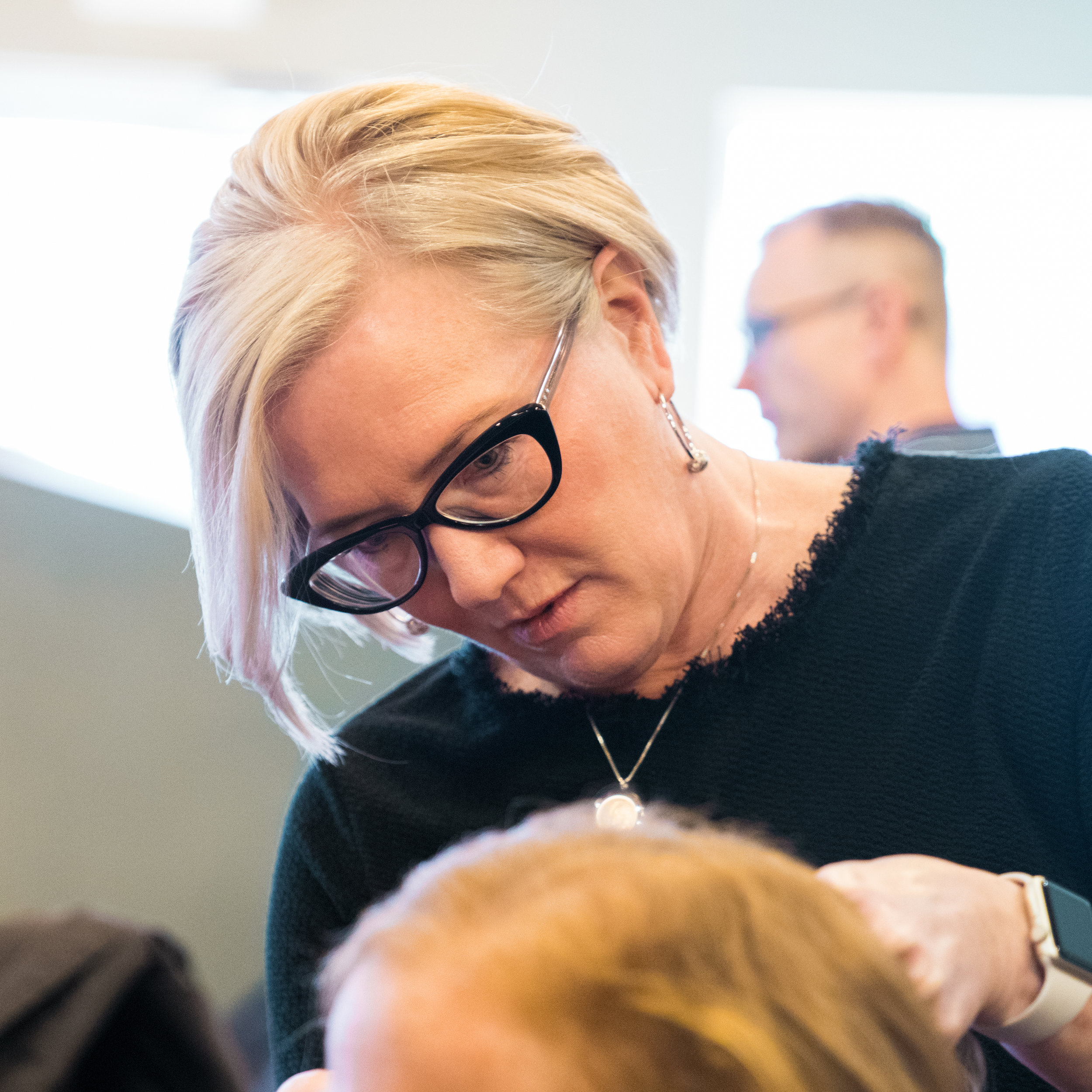 Rosanne Herd  Stylist  Rosanne has been a stylist at The Laura Gregory Salon since 2009.  She is a graduate of Nationwide Beauty Academy and Pivot Point International, and apprenticed with Michael Azzaro.  Rosanne is a naturally talented stylist who continues to hone her craft through continuing education classes and by successfully completing the training for the L'Oreal Professionnel Expert Network.  She loves cutting, coloring and styling hair, and especially finding the right look for each individual client.