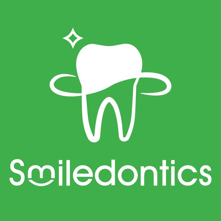 SMILEdontics Logo-01.jpg