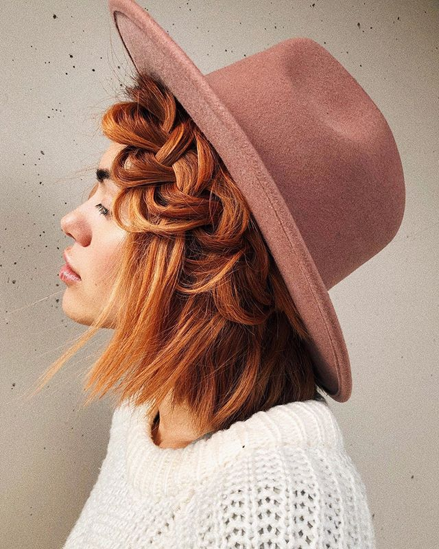 Ginger babes 🧡 we love this colour & style by co-founder @chrisweberhair on #vanillababe @xandervintage 🧡 #vanillaloft #vancouverhairstylist #vancouverhairsalon #northvanhair #vancouverhairstyle #gingerhair #behindthechair 🍂