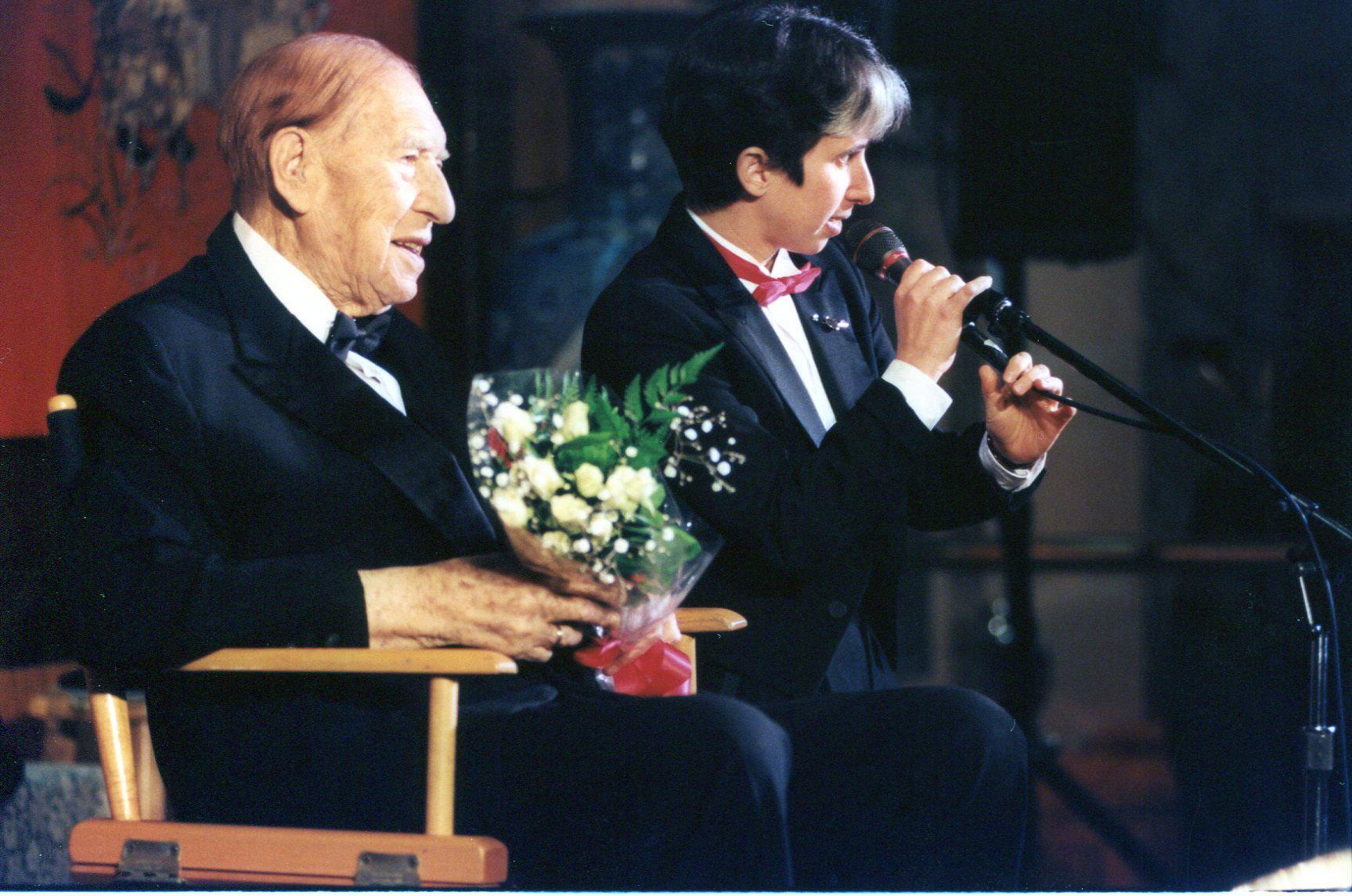 Henny Youngman and Lisa Geduldig, 1997