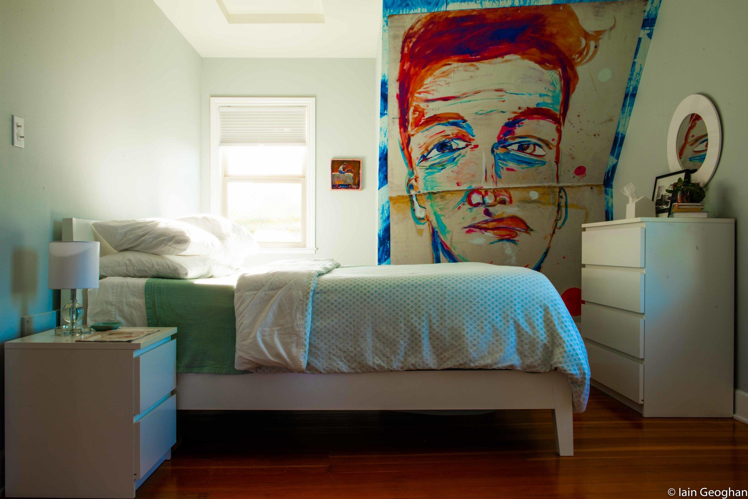diningsingle bed room wall (1 of 1).jpg