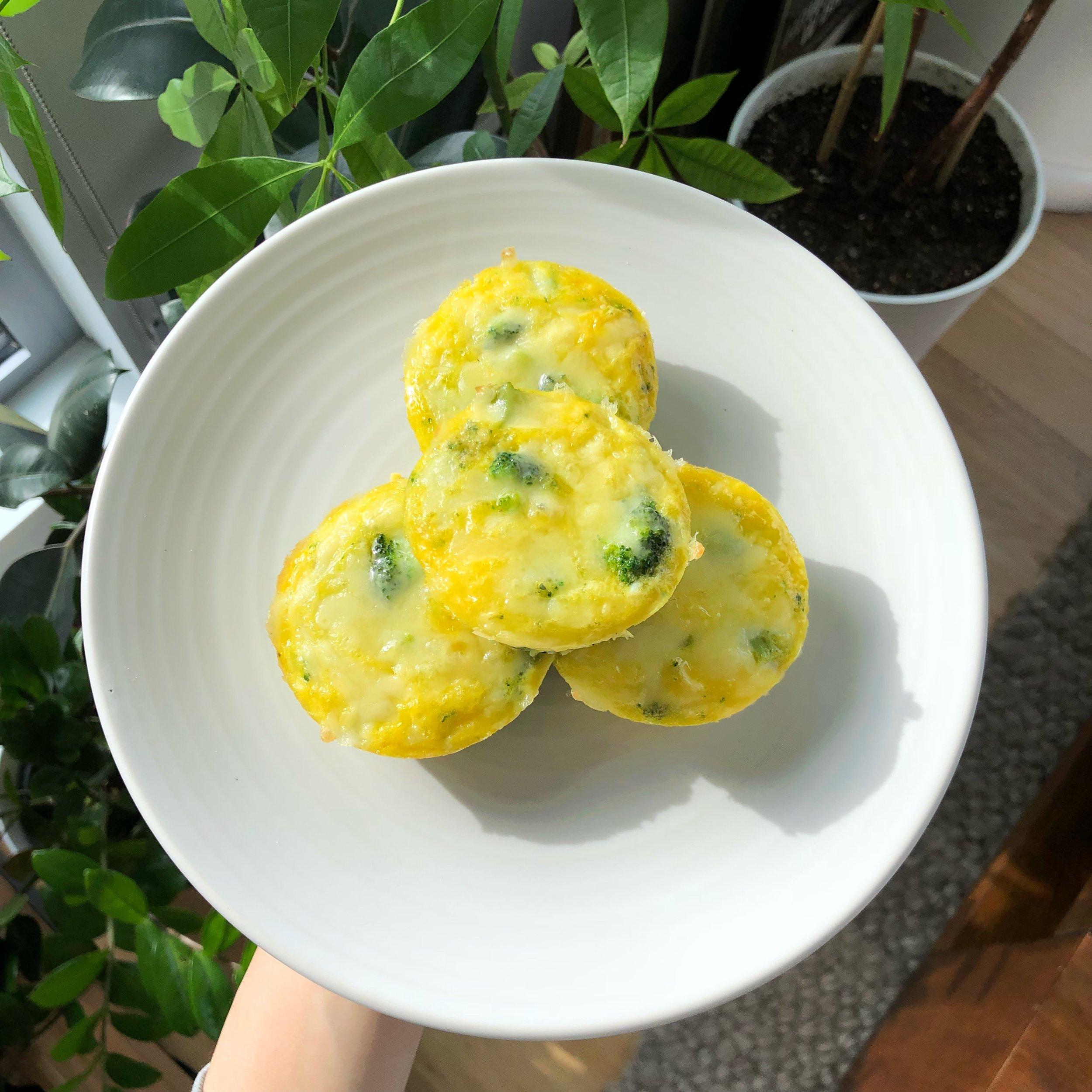 Broccoli cheddar frittatas - PROTEIN + CHLOLINE