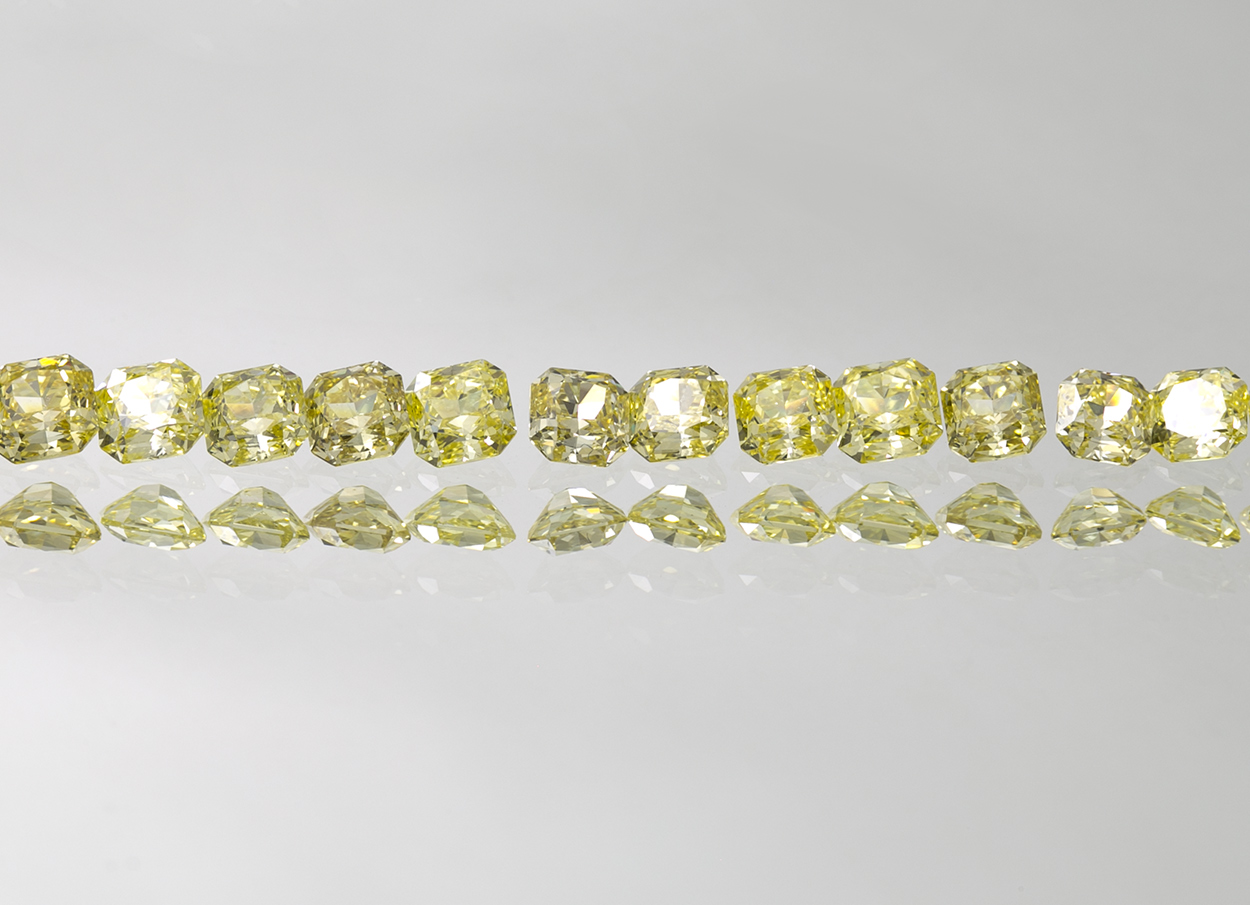 Natural Fancy Intense Yellow Radiant Cut Diamond Layout