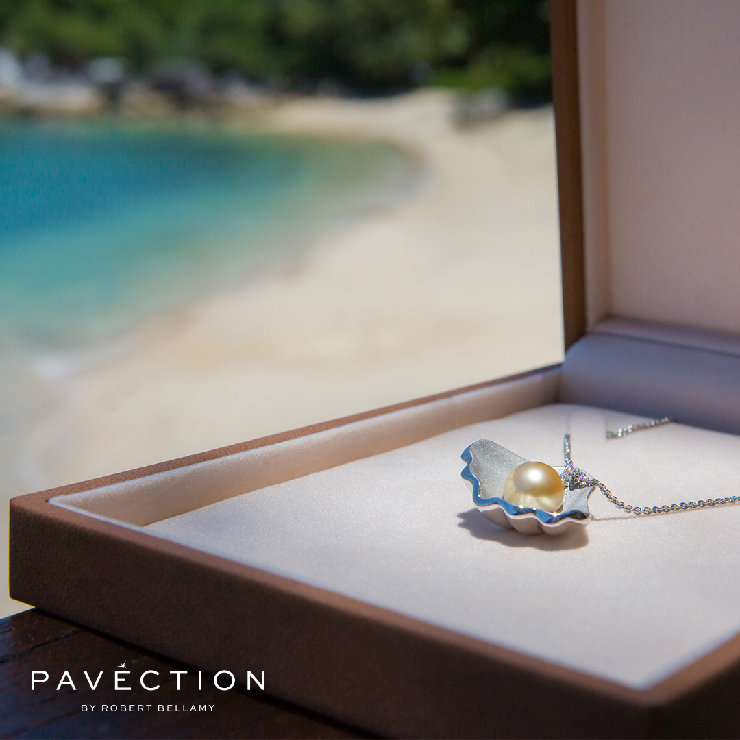 Pavection Diamond and Pearl Platinum Pendant Brisbane