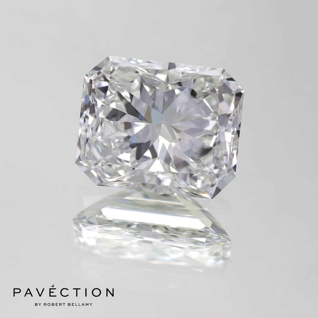 4 carat 6 point F Vs2 Radiant cut diamond Pavection robert bellamy brisbane city designer jewellery jewelry jewellers jewelers custom made.jpg