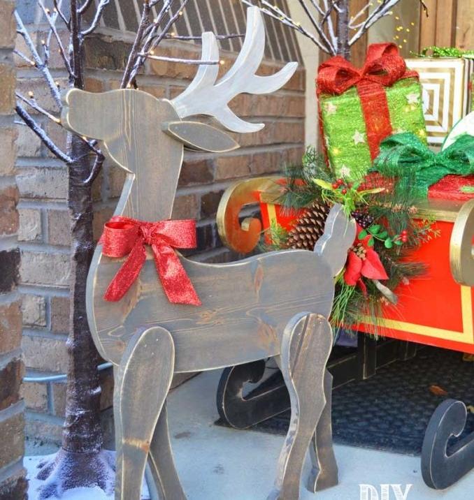 Front Porch Reindeer >