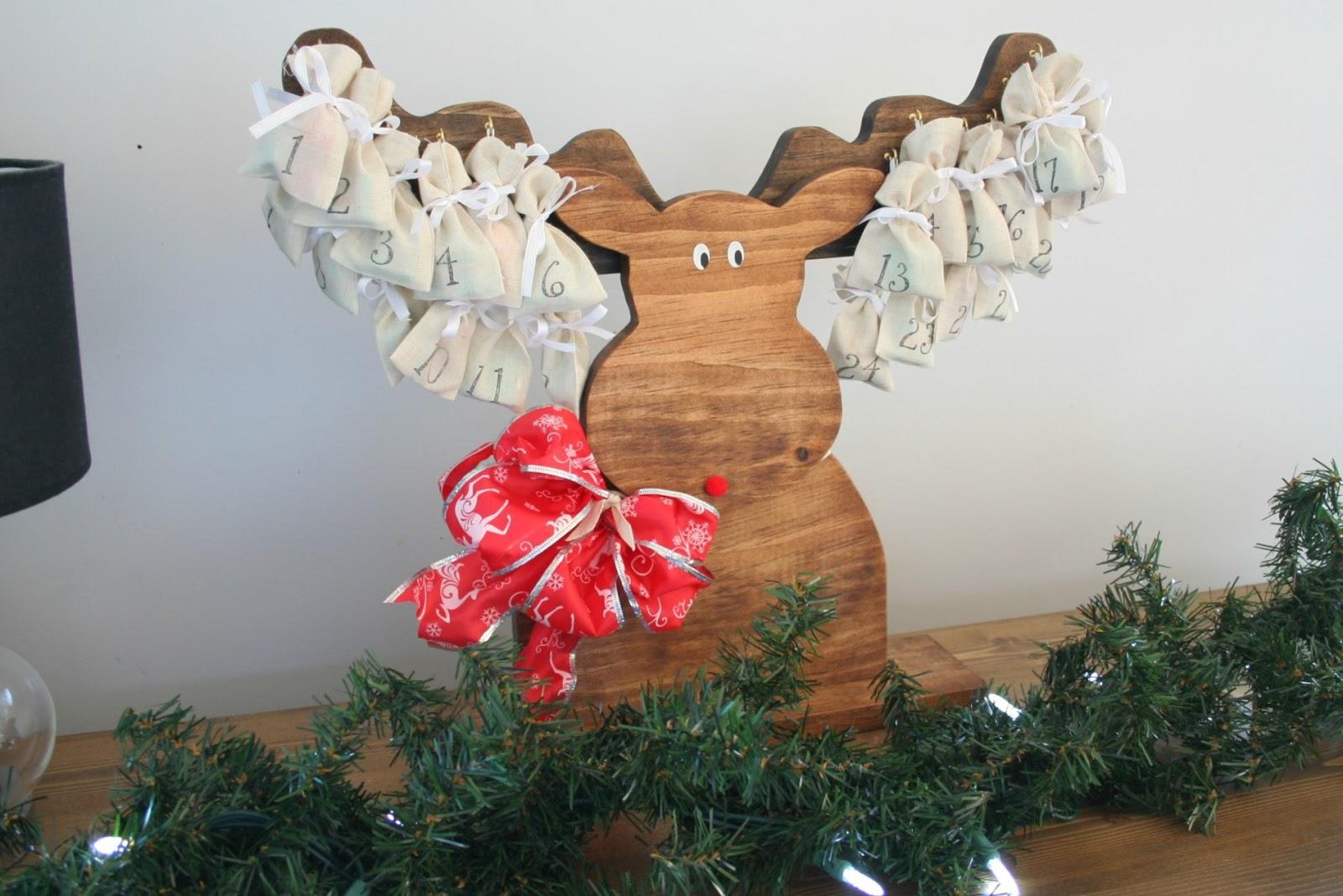 Rustic Advent Moose >