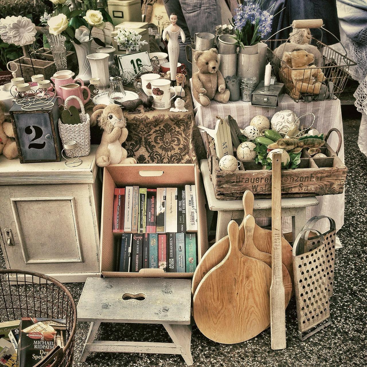 flea-market-343123_1280.jpg