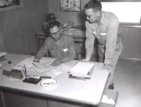 Martin Tarble & Superintendent Jack McClanahan, 1975