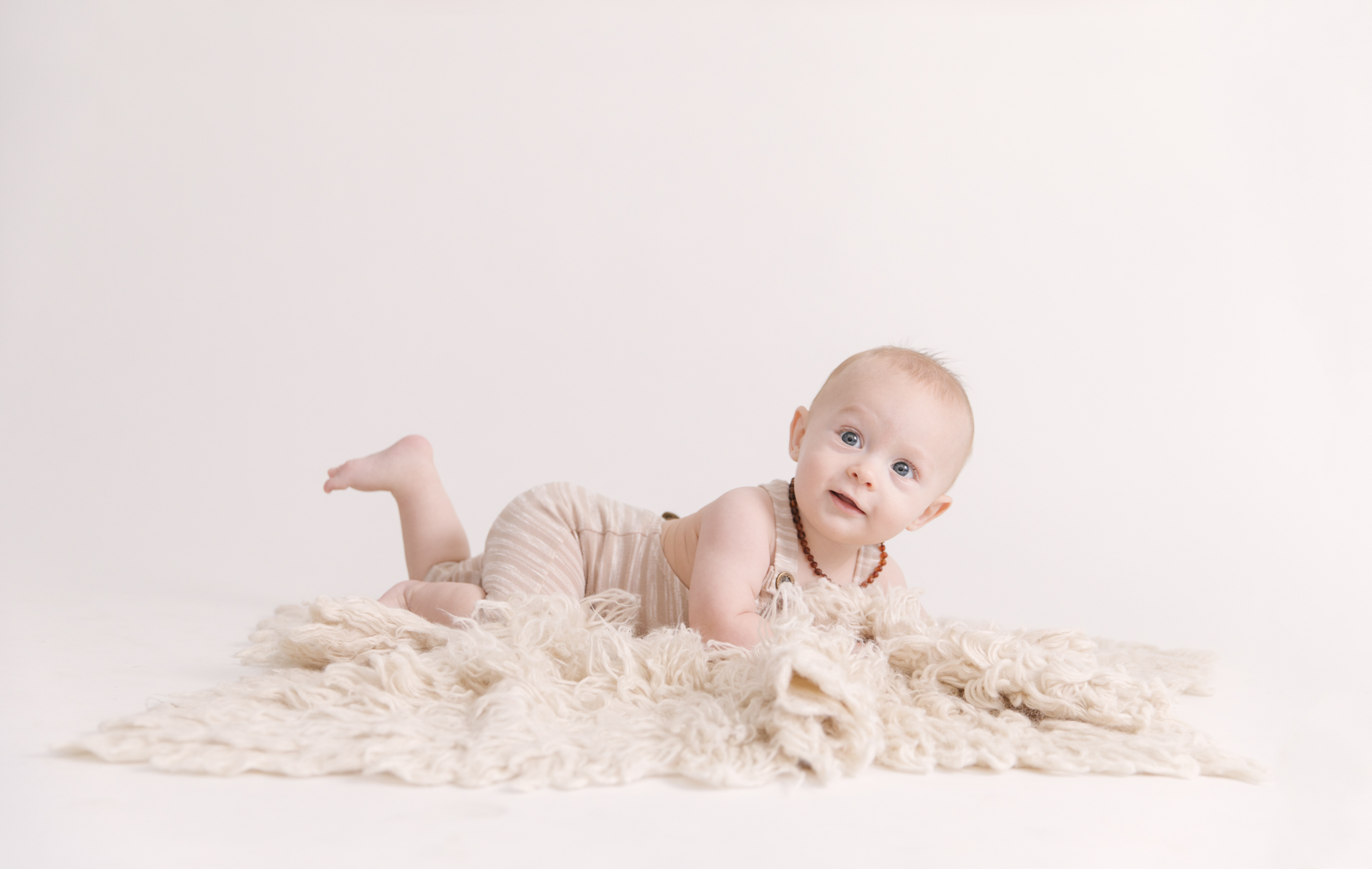 studio-milestone-session-three-six-nine-sessions-first-year-sessions-by-christie-leigh-photo-maternity-and-newborn-photographer-6.JPG