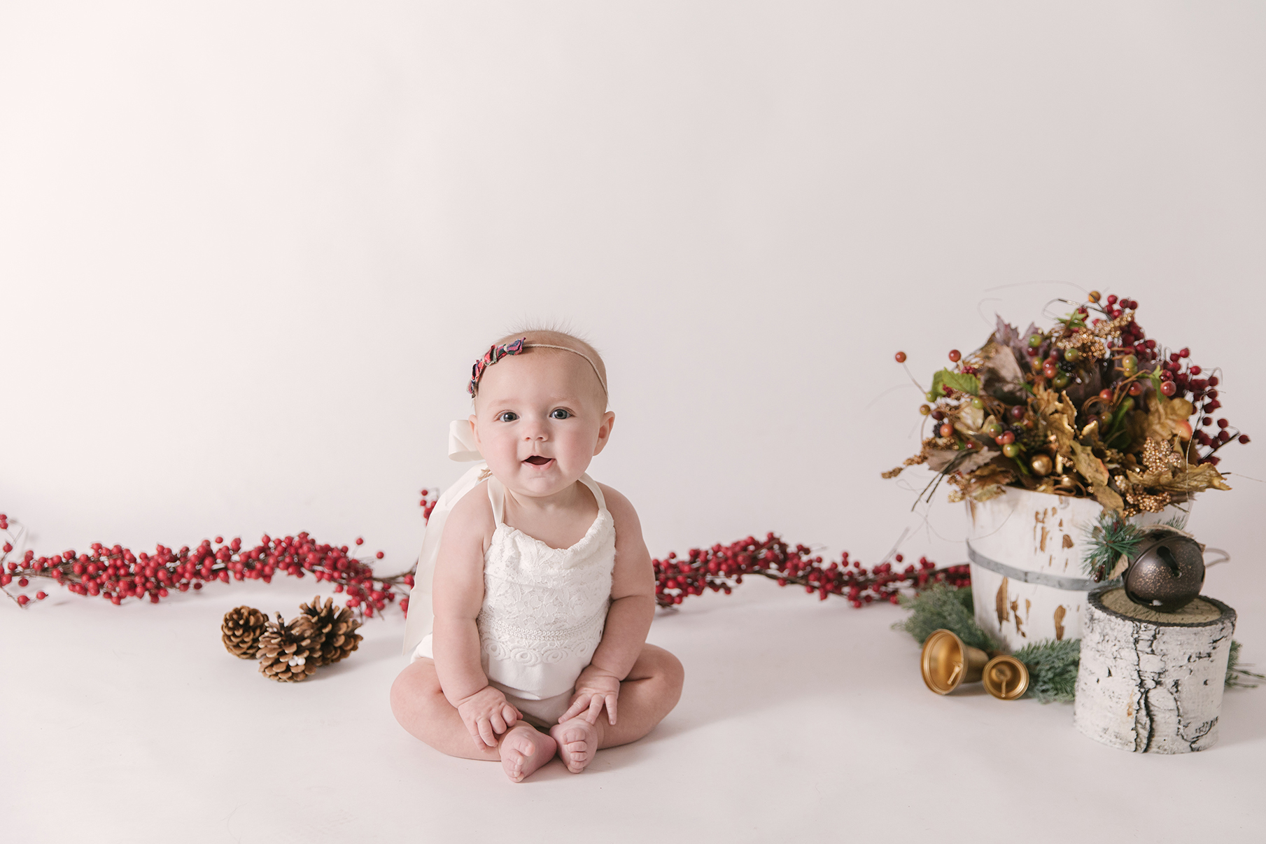 six-month-milestone-sitter-session-youngsotwn-and-warren-ohio-child-and-family-photographer-christie-leigh-photo_6.jpg