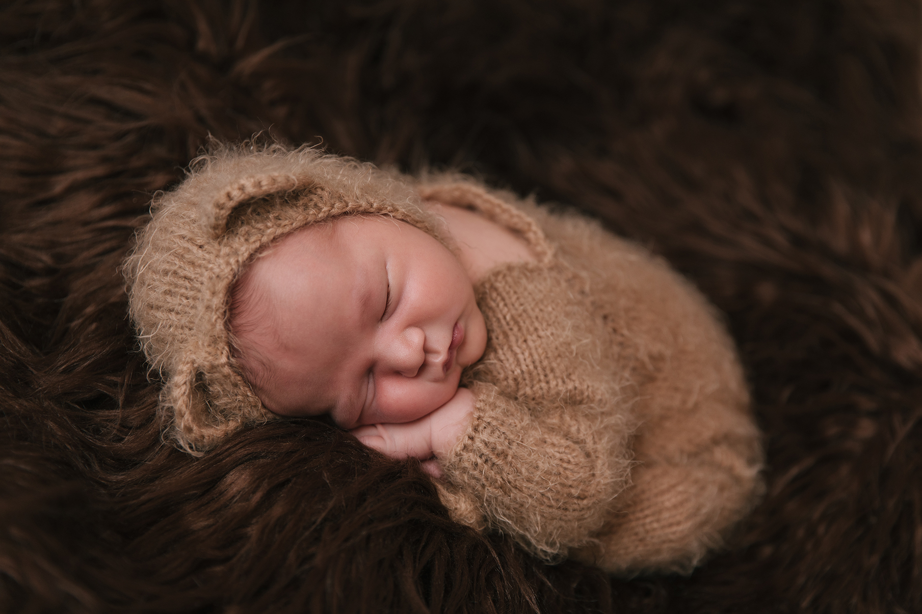 Kinsman_Ohio_Baby_Boy_Taco_Pose_Newborn_photography_by_Christie_Leigh_Photo_in_Cortland_Ohio-014.jpg