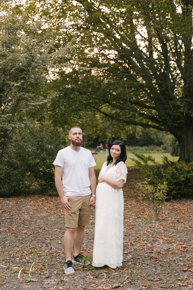 Romantic_Maternity_Session_in_MIllcreek_Metro_Park_Garden_Themed_Materntiy_Session_at_Fellows_Riverside_Gardens_in_Youngstown_Ohio_By_Maternity_and_Newborn_Photographer_Christie_Leigh_Photo-13.JPG