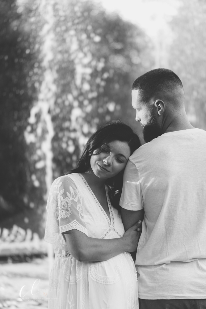 Romantic_Maternity_Session_in_MIllcreek_Metro_Park_Garden_Themed_Materntiy_Session_at_Fellows_Riverside_Gardens_in_Youngstown_Ohio_By_Maternity_and_Newborn_Photographer_Christie_Leigh_Photo-29.JPG