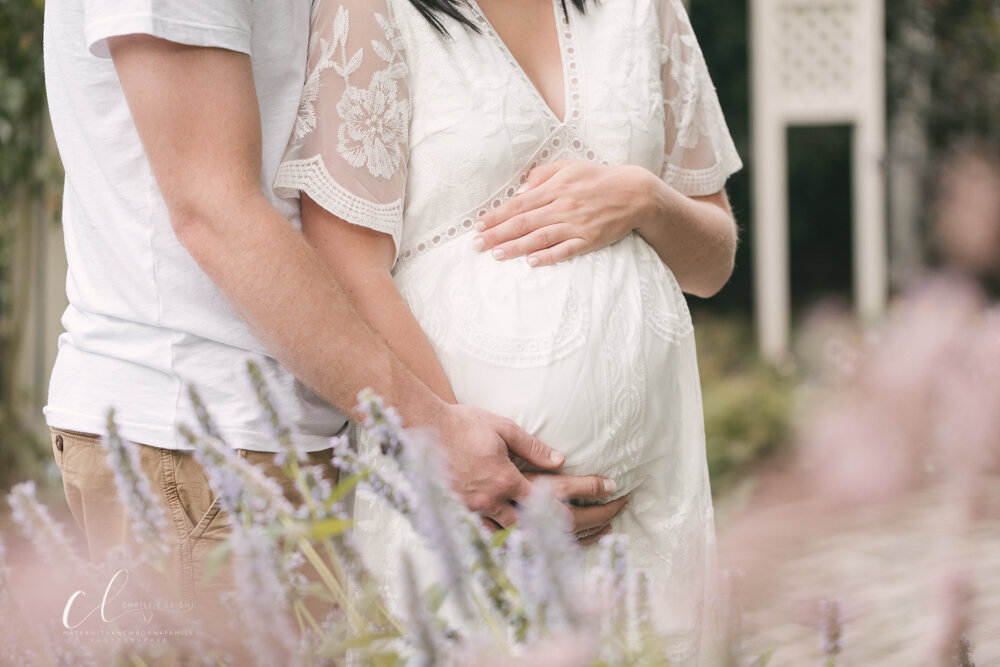 Romantic_Maternity_Session_in_MIllcreek_Metro_Park_Garden_Themed_Materntiy_Session_at_Fellows_Riverside_Gardens_in_Youngstown_Ohio_By_Maternity_and_Newborn_Photographer_Christie_Leigh_Photo-4.JPG